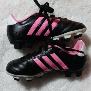 ADIDAS GIRLS 9 1/2 CLEATS